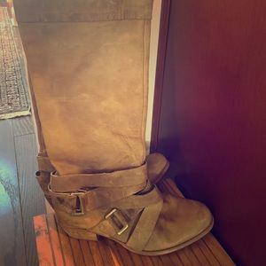 Distressed leather Gianni bini boots